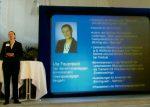 Uta Feuerstein bei einem Vortrag bei der IHK Mittelrhein